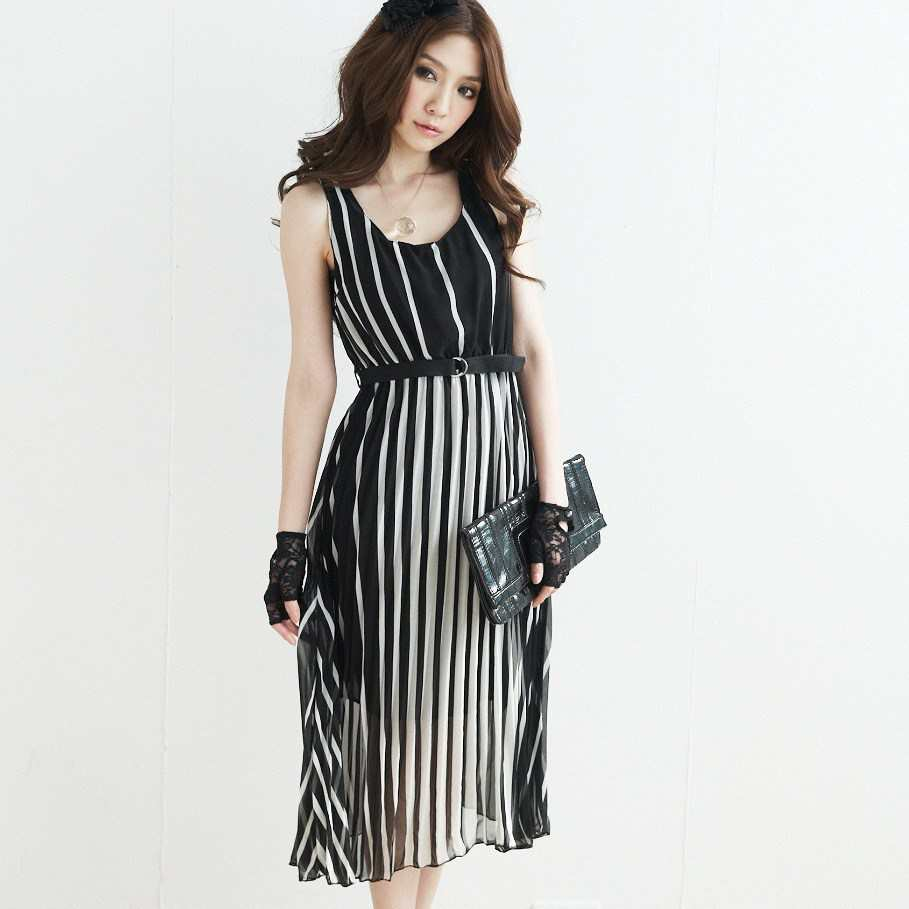 Tips On How Women Should Wear Vertical Striped Clothes Fashion World