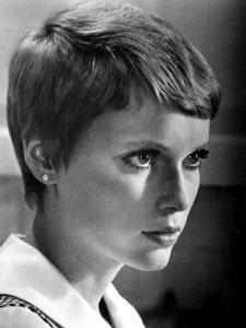 Mia Farrow – Pixie Cut